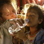 Wat zegt de Bijbel over hulp aan vluchtelingen