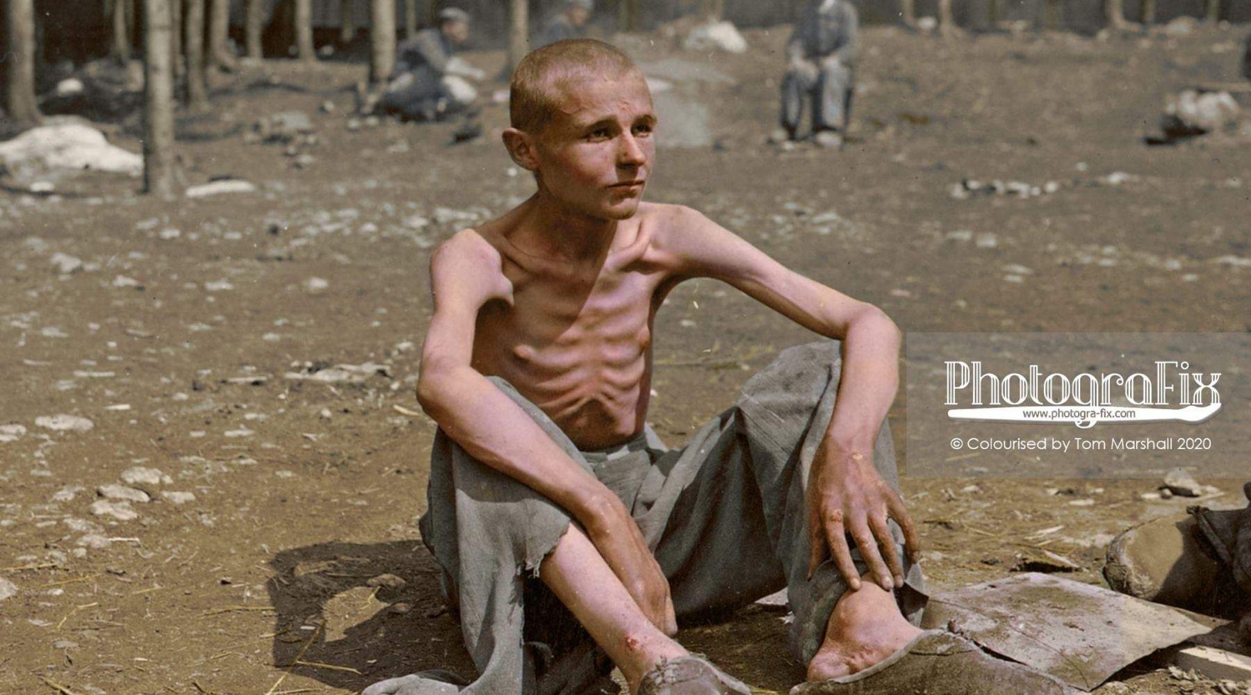 Foto's Holocaust ingekleurd