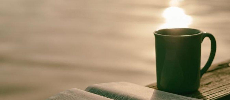 Bible + mug