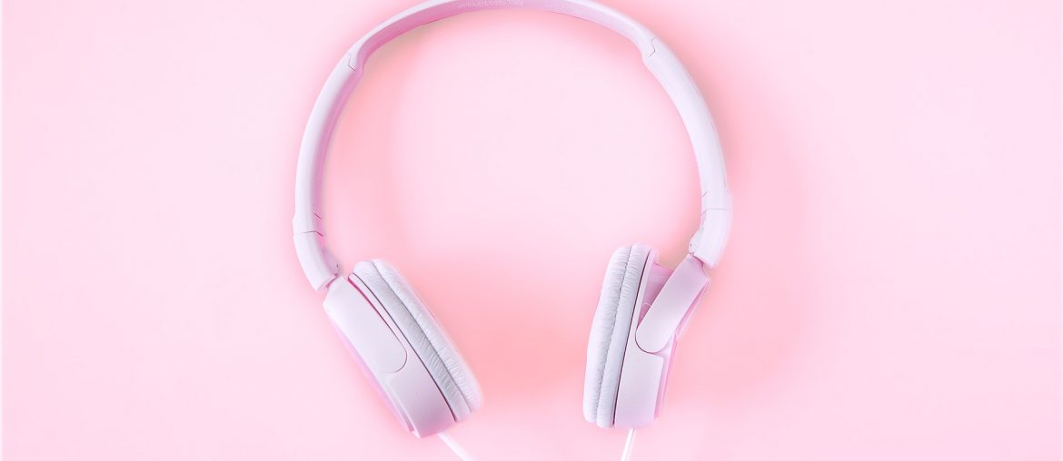 headsets-1971383_1920